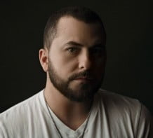 Headline Entertainer – Tyler Farr